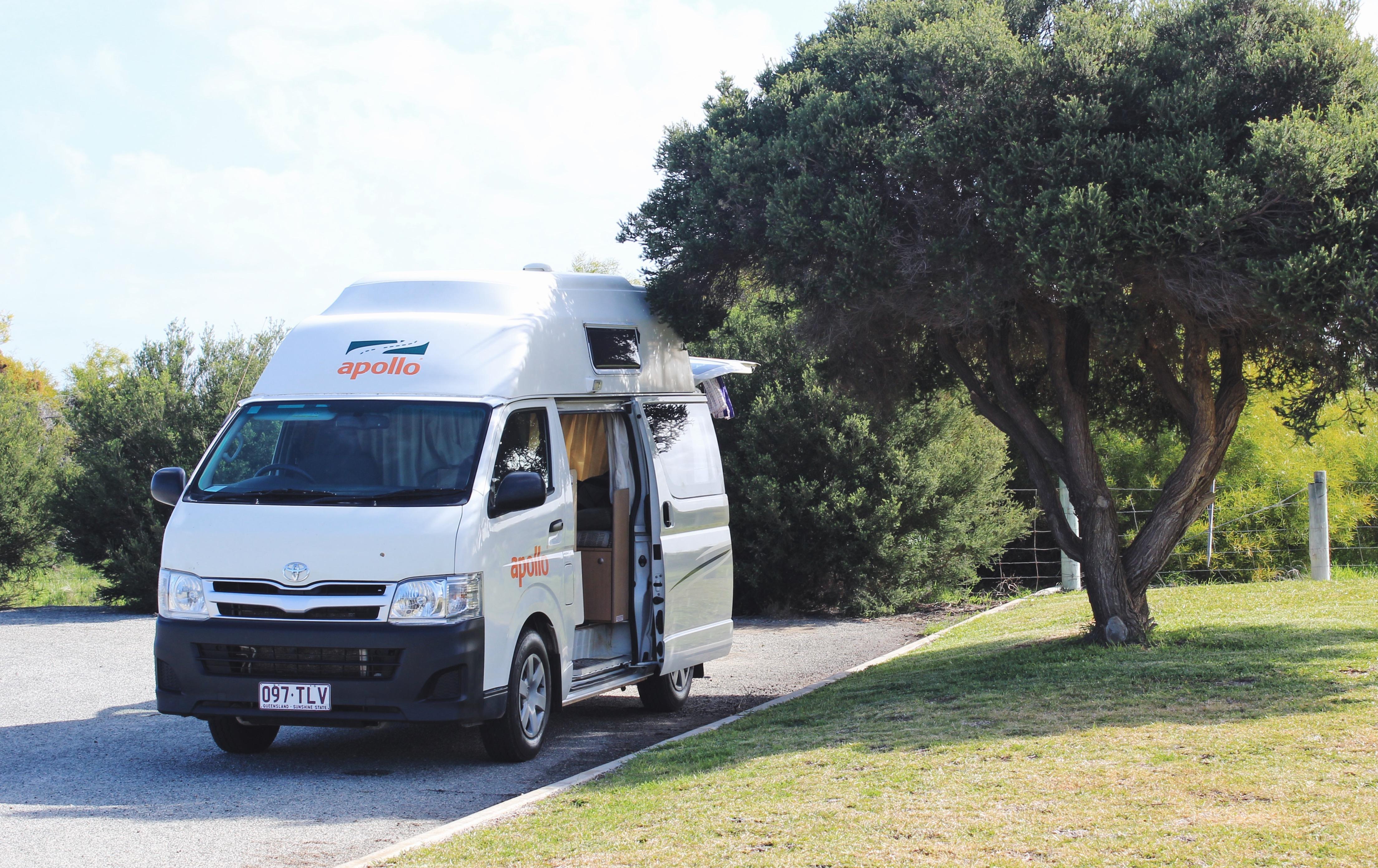 Voyages-et-compagnie.com - Blog voyage | Apollo, Toyota Hiace Hi-Top